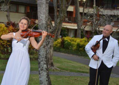 Violin Duo Bali 1